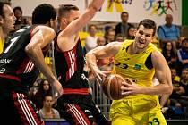 BK Olomoucko vs. Dekstone Tuři Svitavy (100:88).