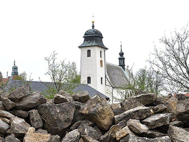 ZÚJEZDU. Kostel svatého Martina