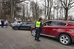 Místostarosta Poličky Antonín Kadlec u uzavírky informuje řidiče