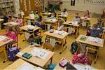 Prvňáci a druháci jsou zpět ve škole