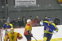 Hokej Polička vs. Skuteč. Druhý finálový zápas krajského přeboru.