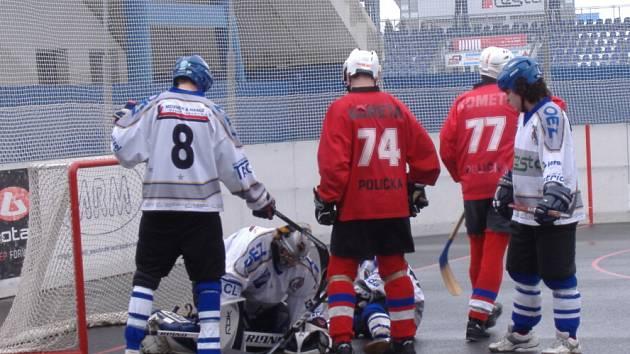 Hokejbalový zápas Letohrad B : Polička.