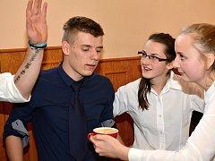 Střední odborná škola a Střední odborné učiliště Polička uspořádala soutěž mladých baristů. Tu doplnil doprovodný program.