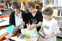 TEMATICKÉ KUFŘÍKY nabízí knihovna ve Svitavách.