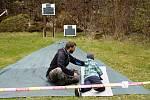 Na jednom z deseti stanovišť jste také museli předvést přesnou střelbu ala zkušený biatlonista.