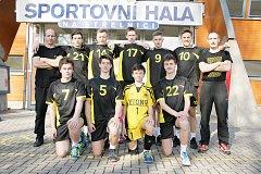 Tým svitavských kadetů zápolí druhým rokem statečně v konkurenci nejlepších českých volejbalových klubů. Aby tomu tak bylo i ve třetí sezoně po sobě, musí zvládnout baráž.