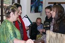 Kurátorka výstavy J.Trantírková, moderátorka D.Vomelová, L.Jiroušková aj.Stiborik.