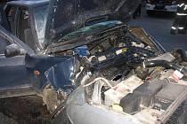 Řidič se střetl  v protisměru s jedoucím vozidlem.