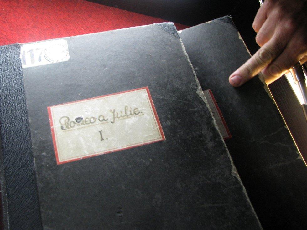 ORIGINÁLNÍ NOTOVÝ PART Prokofjevova baletu byl  k vidění v Litomyšli.