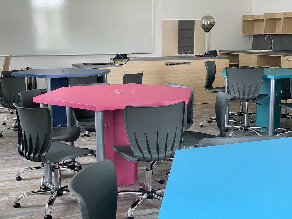 Školáci ve Svitavách se dočkali moderních učeben.