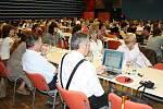 V kongresovém sále Fabriky se včera uskutečnila konference Pardubického kraje. Zástupci kraje se zaměřili na sociální služby.