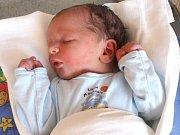 ŠTĚPÁN MIHULKA. Chlapeček přišel na svět 4. září v 18.23 hodin. Vážil 3,4 kilogramu a měřil 53 centimetrů. S rodiči Martinou a Radkem a tříletou sestřičkou Elou bydlí v Korouhvi.