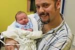 ŠIMON VEČEREK těší od 6. března rodiče Radku a Martina z Koclířova. Klučina se narodil v 18.50 hodin, kdy vážil 3,35 kilogramu a měřil 48 centimetrů.