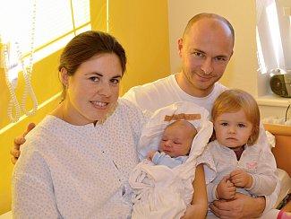 VOJTĚCH DRAŠNER.Narodil se 5. prosince Kamile Macháčkové a Vojtěchu Drašnerovi z Moravské Třebové. Měřil 51 centimetrů a vážil 3,58 kilogramu. Má sestru Denisu.