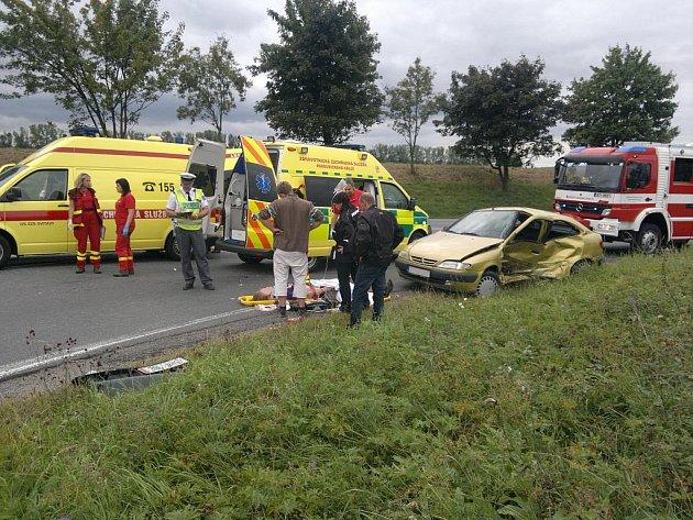 Na silnici I/35 u Svitav se stala v sobotu kolem patnácté hodiny vážná nehoda. Ke srážce dvou aut došlo na pětatřicítce za Svitavami u odbočky na Opatov.