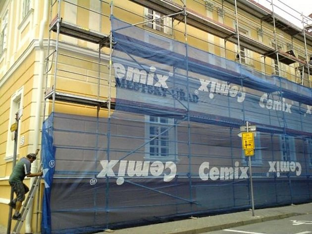 Bývalá piaristická škola v Moravské Třebové, ve které sídlí úředníci, se dočká nové fasády a oken.