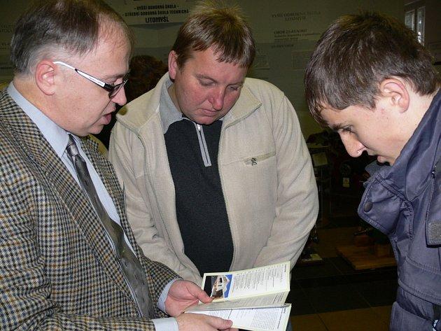 Zájemci o studium na technické škole v Litomyšli se mohli seznámit s tím, co škola nabízí, na dnu otevřených dveří.