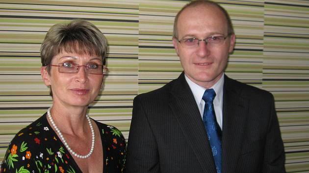 Ředitel SZŠ Radim Dřímal a krajská radní Jana Smetanová