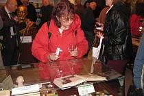 Do Svitav, kde je od soboty otevřené jediné české muzeum  umělého jazyka, zamíří esperantisté z celého světa.  Nejvzdálenější účastnicí slavnosti byla Hilda Graciela Goméz de Rodriguez  z Mexika.
