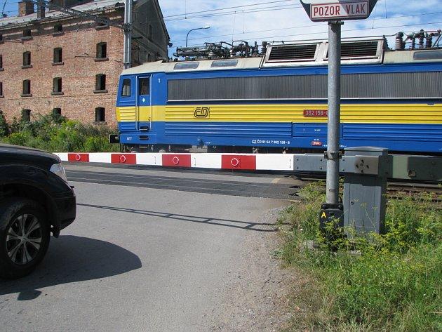 Vlakový přejezd na ulici Olomoucká ve Svitavách