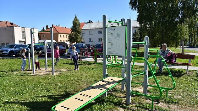 V Poličce vzniklo nové workoutové hřiště.