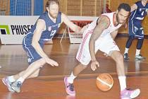 Byla to škola basketbalu. Děčín předvedl, jak hraje vedoucí mužstvo Kooperativa NBL, a nedal Turům sebemenší naději.