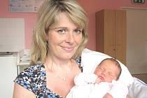 BÁRA KLEMENTOVÁ. Holčička přišla na svět 31. srpna ve 13.15 hodin v litomyšlské porodnici. Vážila 3,4 kilogramu a měřila 49 centimetrů. S rodiči Marií a Milanem a dvouletou sestřičkou Jolankou bydlí v Makově.