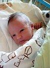DANIEL CHLEBIK. Narodil se 10. dubna v krnovské porodnici Alici Šplíchalové a Bohdanu Chlebikovi z Bruntálu. Měřil 50 centimetrů a vážil 3,805 kilogramu.