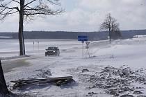 Zima se ještě v okrese nevzdává.