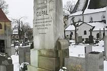 HROB Jana Aloise Cupala a Karla Dudka na poličském hřbitově.