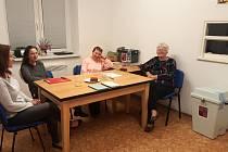 Ve volební komisi v Rudné jsou samé ženy.