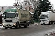 Kamiony v Cerekvici.