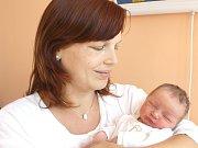 BARBORA VOKASOVÁ. Rodiče Michaela a Kamil z Makova se od 3. září 13.25 hodin radují z narození dcerušky. Vážila 3,5 kilogramu a měřila půl  metru. Tatínek byl mamince u porodu oporou.