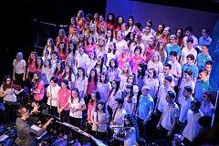 Smíšený pěvecký sbor KOS koncertem oslavil patnácté narozeniny