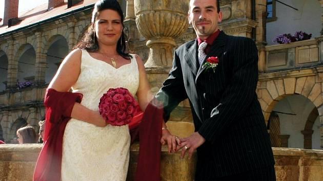 Moravskotřebovský zámek je častým dějištěm svateb. Nejinak tomu bylo v sobotu, kdy své ano řekla Ester Tesolin z turistického infocentra.