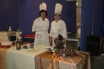 Na italském veletrhu gastronomie  se konal třetí ročník Mistrovství Evropy cukrářů. Českou  republiku  zastupovaly  Zdeňka Lněničková a Anna Filipiová