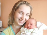 MAREK MOTL. Chlapec přišel na svět 21. dubna ve 22.05 hodin ve svitavské porodnici. Vážil 3,5 kilogramu a měřil půl metru. S rodiči Markétou a Jakubem a ročním bráškou Kryštofem bydlí v Moravské Třebové.