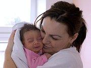 EMA ERTLOVÁ. Narodila se 4. března Petře a Michalovi z Moravské Třebové. Měřila 53 centimetrů a vážila 3,72 kilogramu. Má sestřičku Nicol.