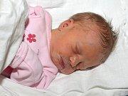 ELIŠKA MARIELOVÁ. Narodila se 9. prosince Martině Zelinkové a Dušanu Marielovi ze Svitav. Měřila 47 centimetrů a vážila 2,5 kilogramu.