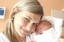 LEONTÝNA LACKOVÁ. Krásná holčička přišla na svět 30. srpna ve 21.23 hodin. Vážila 3,8 kilogramu a měřila 51 centimetrů. Tatínek David byl mamince Pavle u porodu oporou. Holčička bude vyrůstat ve  Svitavách.