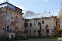 CENTRUM AKTIVNÍHO STÁŘÍ. Nadstandardní zařízení by mělo vzniknout v budově bývalého oddělení dětské nemocnice v Moravské Třebové. Radní se zatím nedohodli s investorem.
