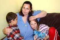 Zázemí pro své děti našla Jana Brychtová v azylovém domě v Koclířově. Malý byt s pokojem, kuchyňkou a koupelnou postačí.  Alespoň na chvíli.