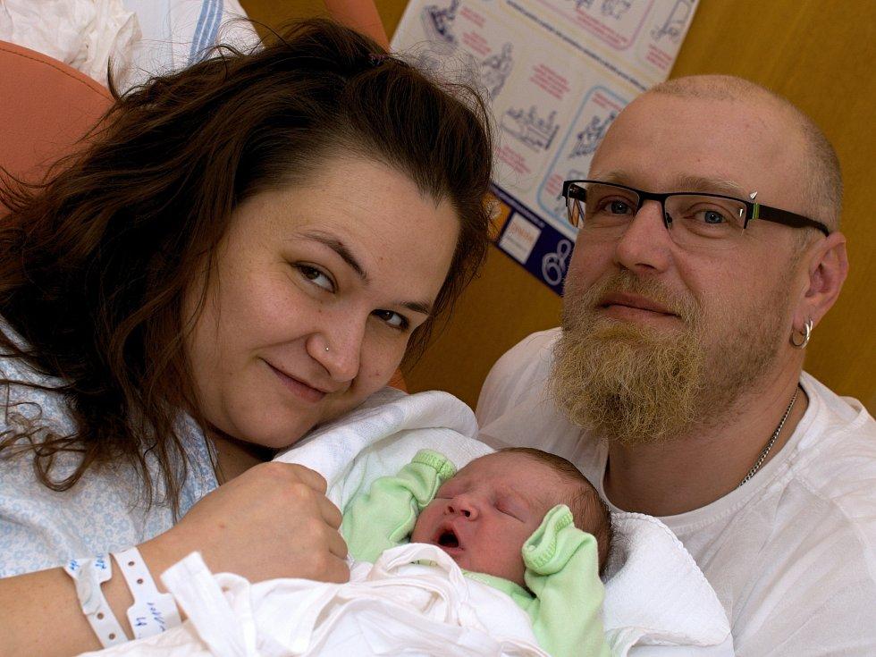 RICHARD SVOBODA. Narodil se 13. března Šárce Maskové a Lukáši Svobodovi z Radiměře. Měřil 49 centimetrů a vážil 3,15 kilogramu.