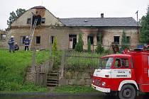 Plameny zachvátily usedlost v Opatově.