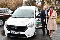 Dětské centrum Svitavy dostalo nové auto.