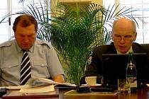 Místostarosta Moravské Třebové Václav Mačák (vpravo) tvrdí, že městu chybí drobní podnikatelé.