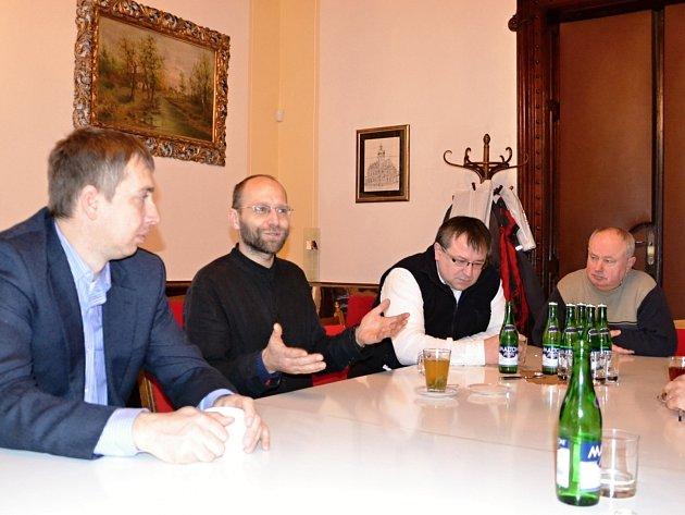 Spokojenost a vstřícnost  si chválili svitavští představitelé církví na setkání  s vedením města.