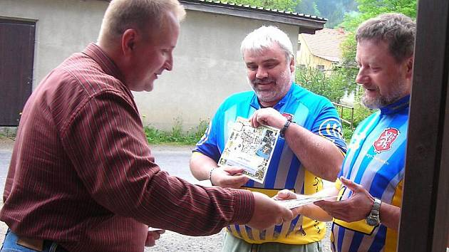Ve Svojanově uvítali poutníky.