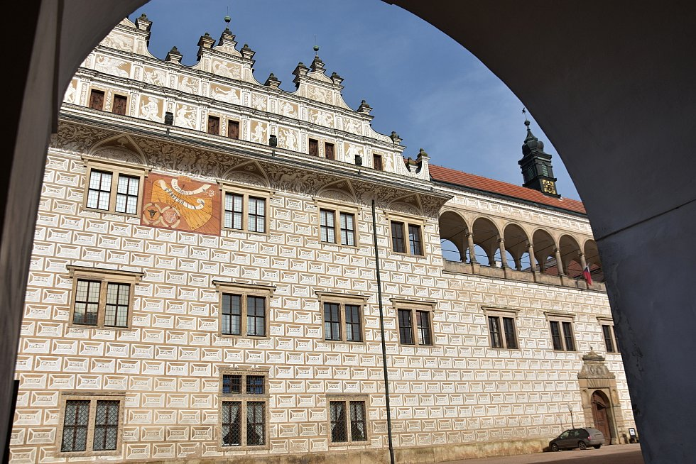Renesanční zámek v Litomyšli. Od roku 1999 patří mezi památky UNESCO.
