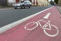 Cyklopruhy z centra Moravské Třebové postupně zmizí a na nové silnici už ani nebudou.